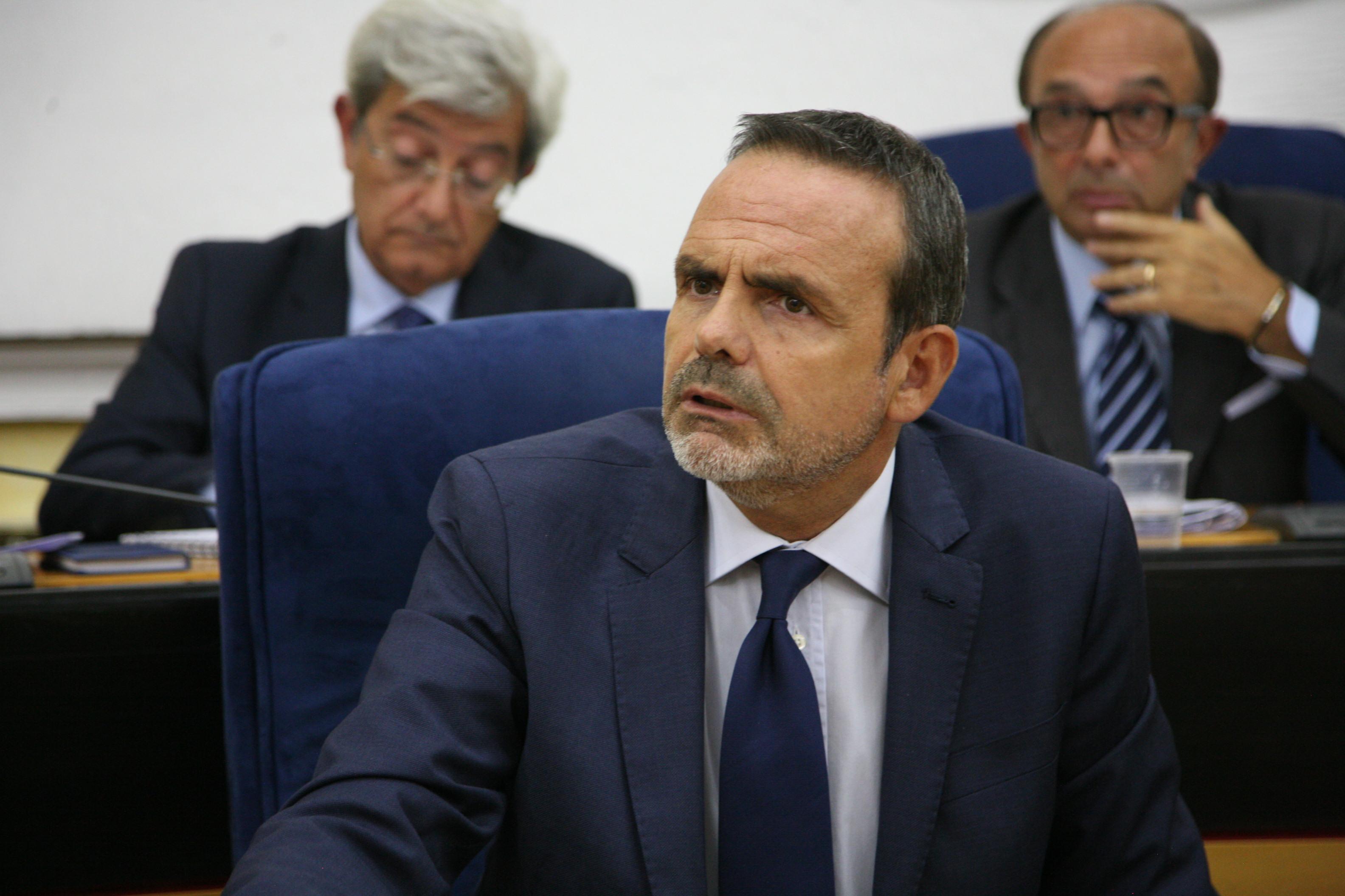 """Photo of Frattura: """"Non accetterei mai il Parlamento"""""""
