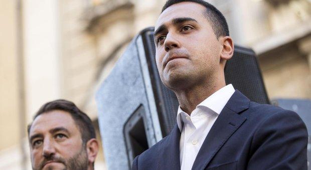 Photo of Di Maio: «Sì al confronto con Boschi ma davanti a Banca Etruria con i risparmiatori»
