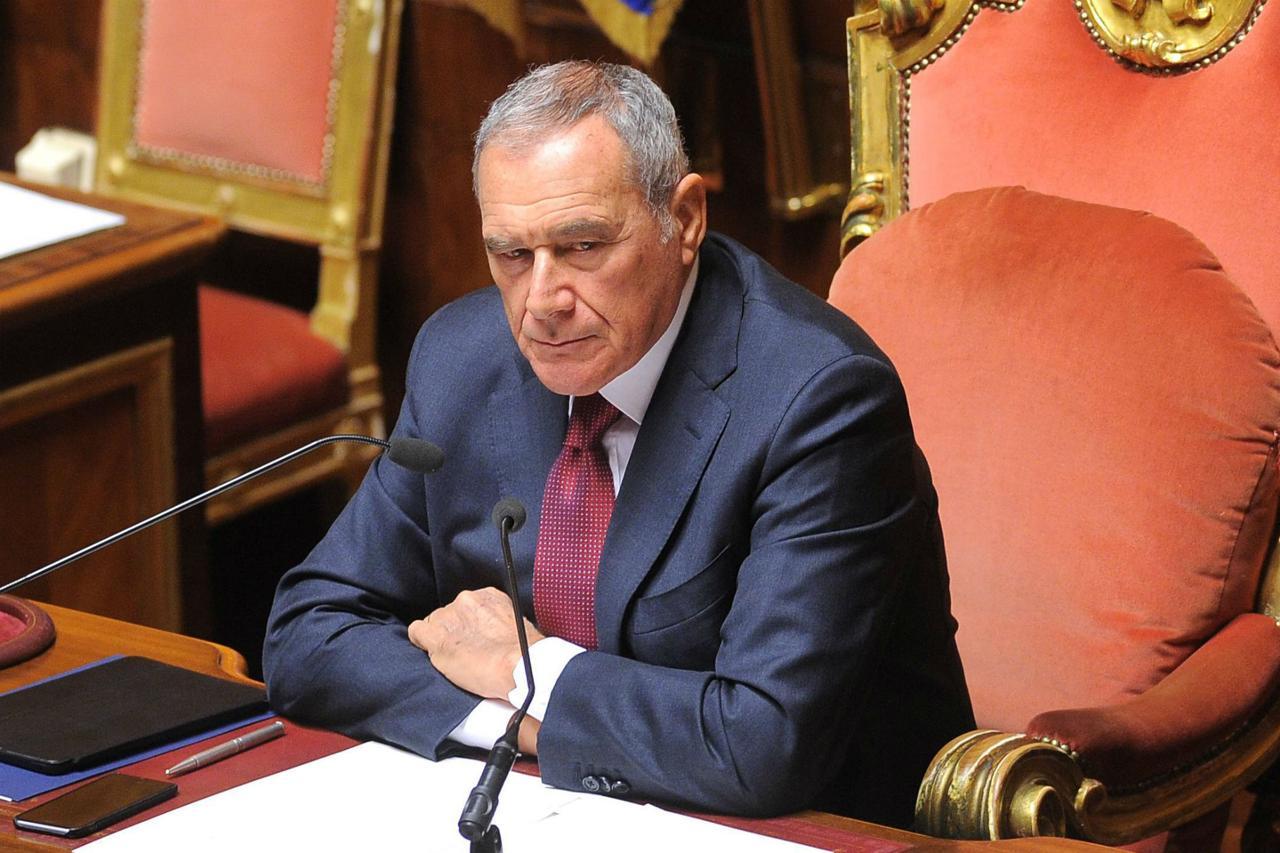Photo of Grasso lascia Pd al Senato