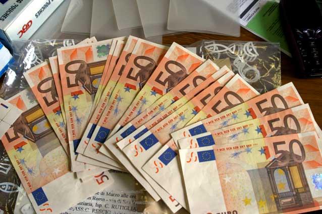 Photo of 485 euro al mese per le famiglie dal primo dicembre: ecco come fare domanda