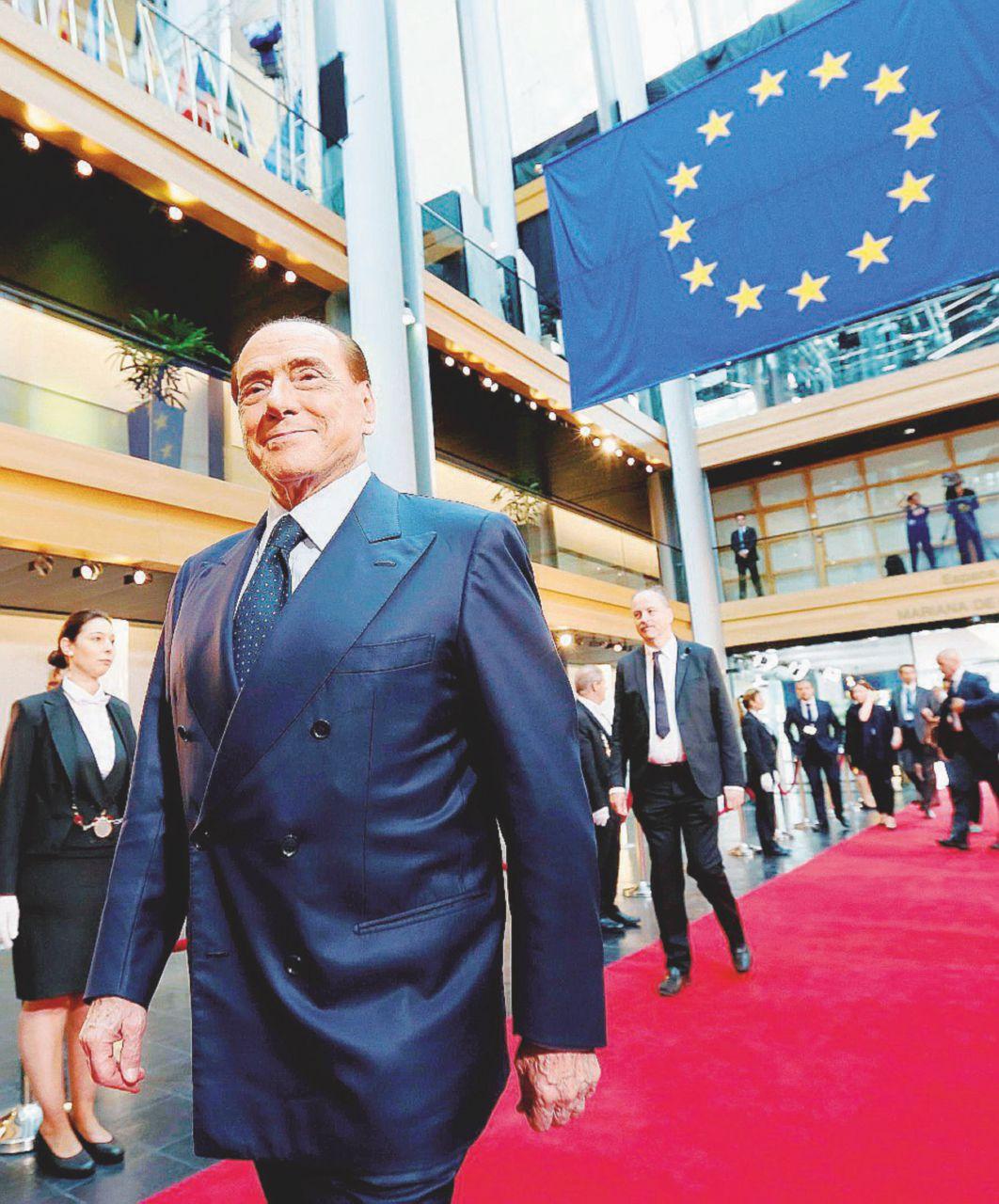 """Photo of A Strasburgo B. rispolvera la """"persecuzione politica"""""""