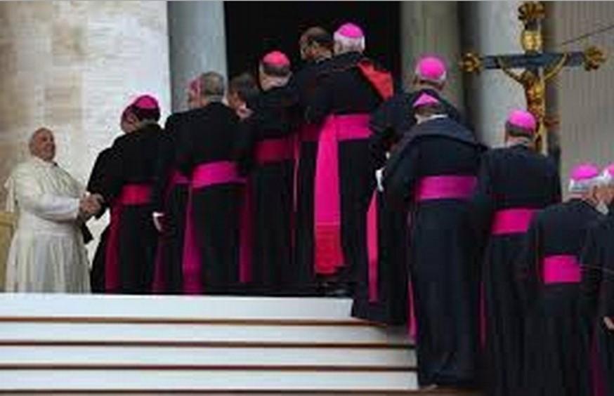Photo of Cardinali milionari:terreni,ville,denaro.Tutte le ricchezze del clero,alla faccia dell'umiltà – Siamo Rimasti Soli