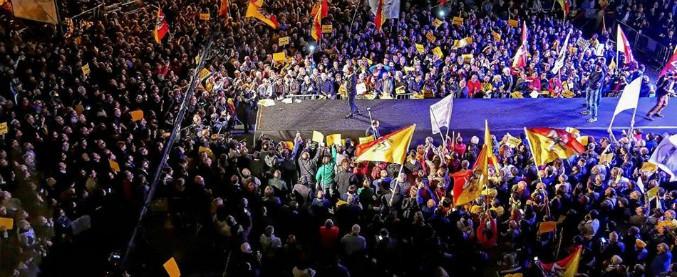 """Photo of Elezioni Sicilia, Grillo chiude la campagna M5s: """"Non è voto politico ma referendum. Se perdiamo? Maalox pronto"""" – Il Fatto Quotidiano"""