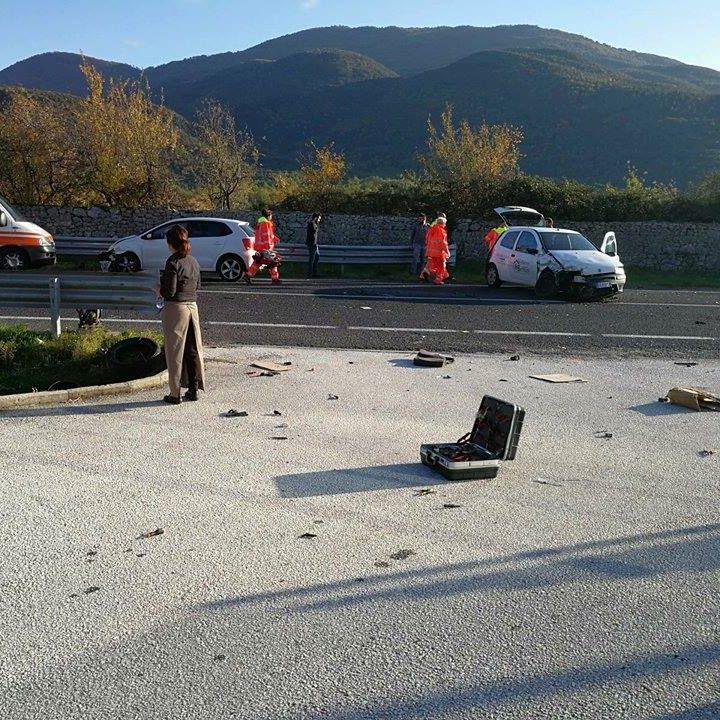 Photo of Macchia d'Isernia, scontro lungo Statale 85: coinvolte tre auto