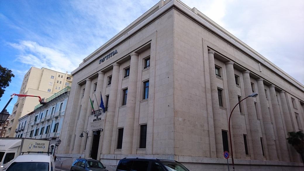 Photo of Si lancia dal quarto piano dell'ospedale: Asrem condannata a pagare 1 milione e mezzo di euro