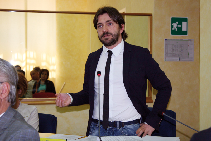 Photo of Il Movimento Cinque Stelle candida Federico e Testamento alla Camera, Ortis al Senato