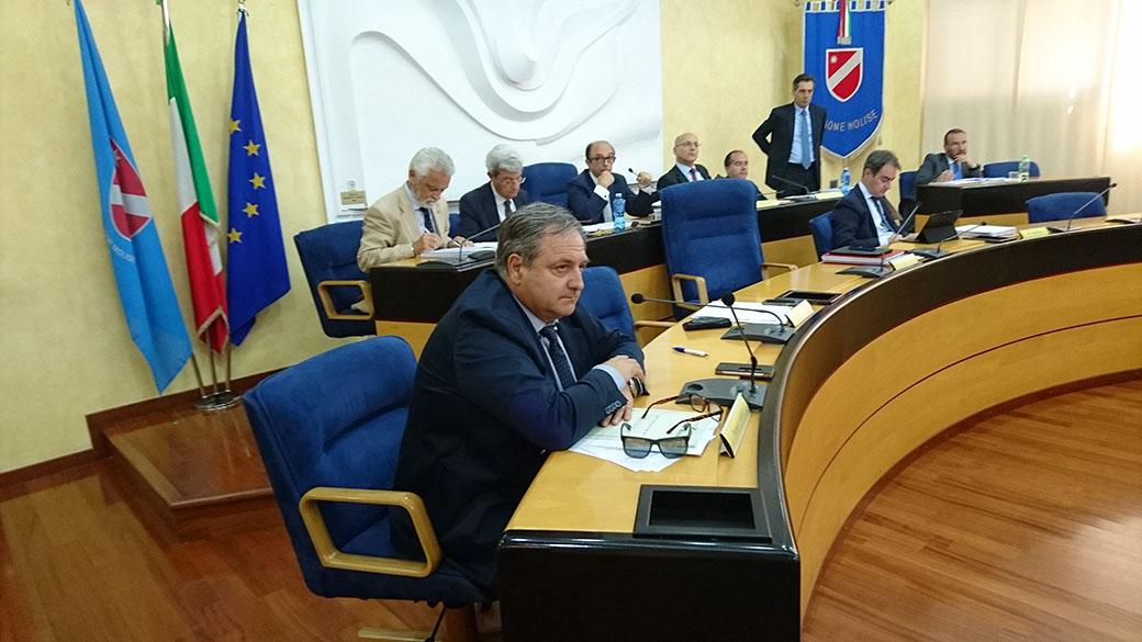 Photo of Ap, divorzio dolce in casa Alfano: e in Molise Nagni 'conferma' Frattura
