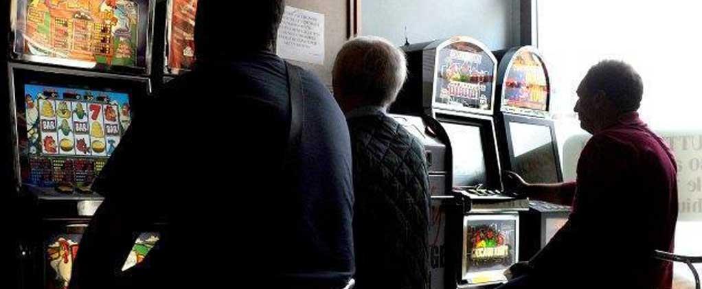 Photo of Azzardo: il gioco sporco del PD sulle slot