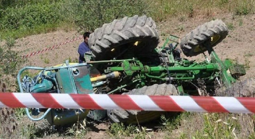 Photo of Incidente nei campi del Molise, 30enne travolto dal trattore: è grave