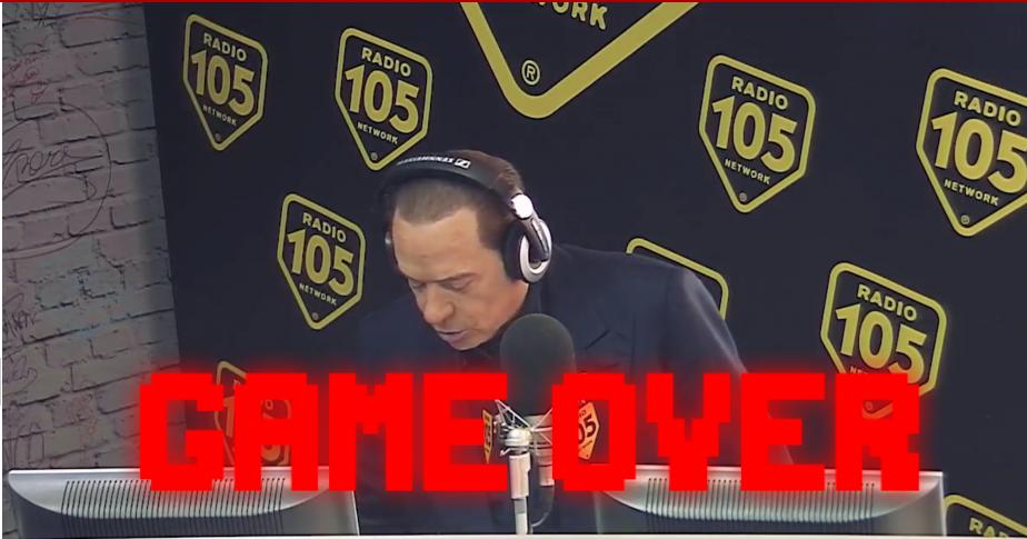 Photo of L'esordio di Berlusconi finisce Malissimo su Radio 105 – Legge le risposte preparate ignaro della diretta video