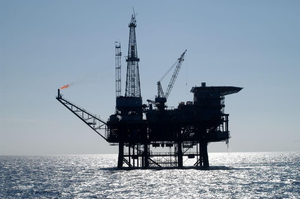 Photo of Niente IMU su rigassificatori e piattaforme petrolifere, il nuovo regalo alle lobby fossili