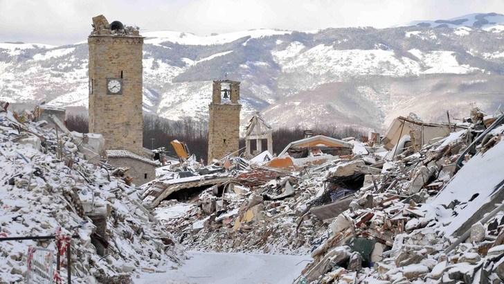 Photo of Terremotati, scandalo RISPARMIO SUI MATERIALI: le casette? Sono per zone estive e stanno esplodendo tutte le caldaie a causa del freddo