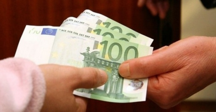 Photo of 300 euro in più sulle pensioni e nessuno lo dice. Però bisogna fare richiesta. Ecco come…