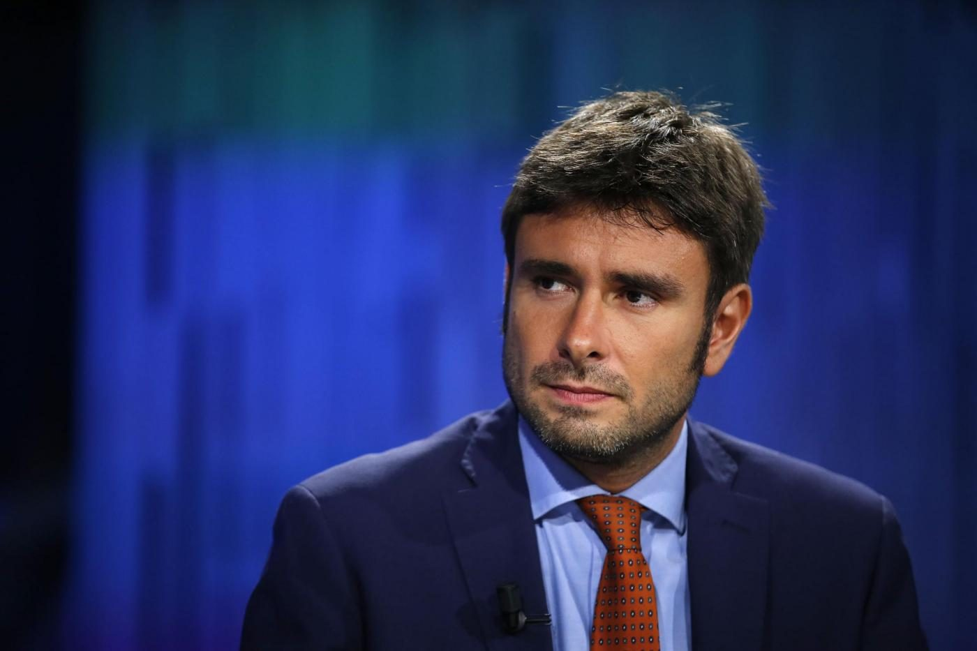 """Photo of Abolizione Canone Rai, Di Battista contro Renzi: """"Un bugiardo, chi si lascia fregare è complice"""""""