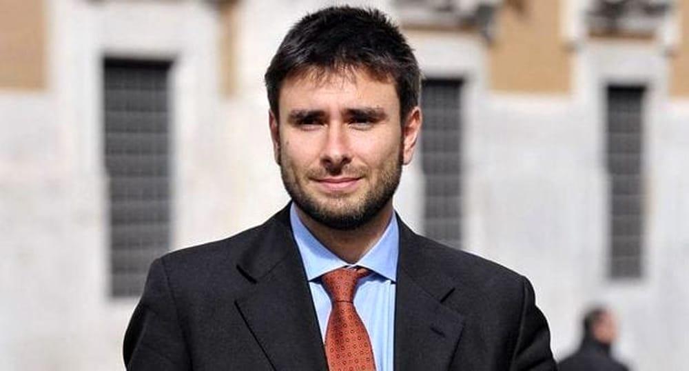 Photo of Dopo Di Maio un altro pentastellato in Molise, Di Battista a Larino il 17 febbraio