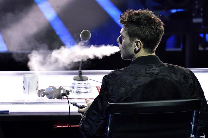 Photo of Stangata del governo sulle sigarette elettroniche: da 2,50 a 7,50 euro la boccetta! 'Svapatori' in rivolta