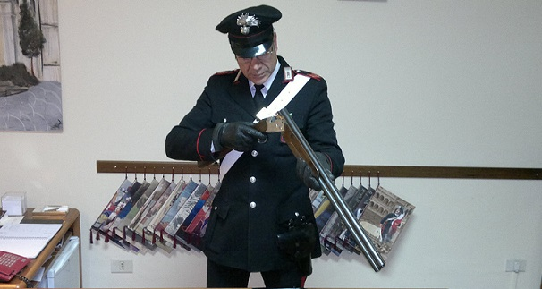 Photo of Dai controlli dei Carabinieri spunta un fucile nascosto