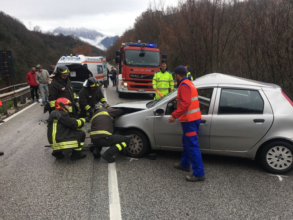 Photo of Due feriti gravi in un incidente in territorio di Colli a Volturno