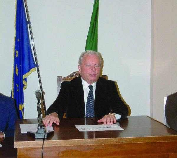 Photo of Centrodestra, Di Giacomo scioglie le riserve: stamane il sì | PrimoPiano Molise