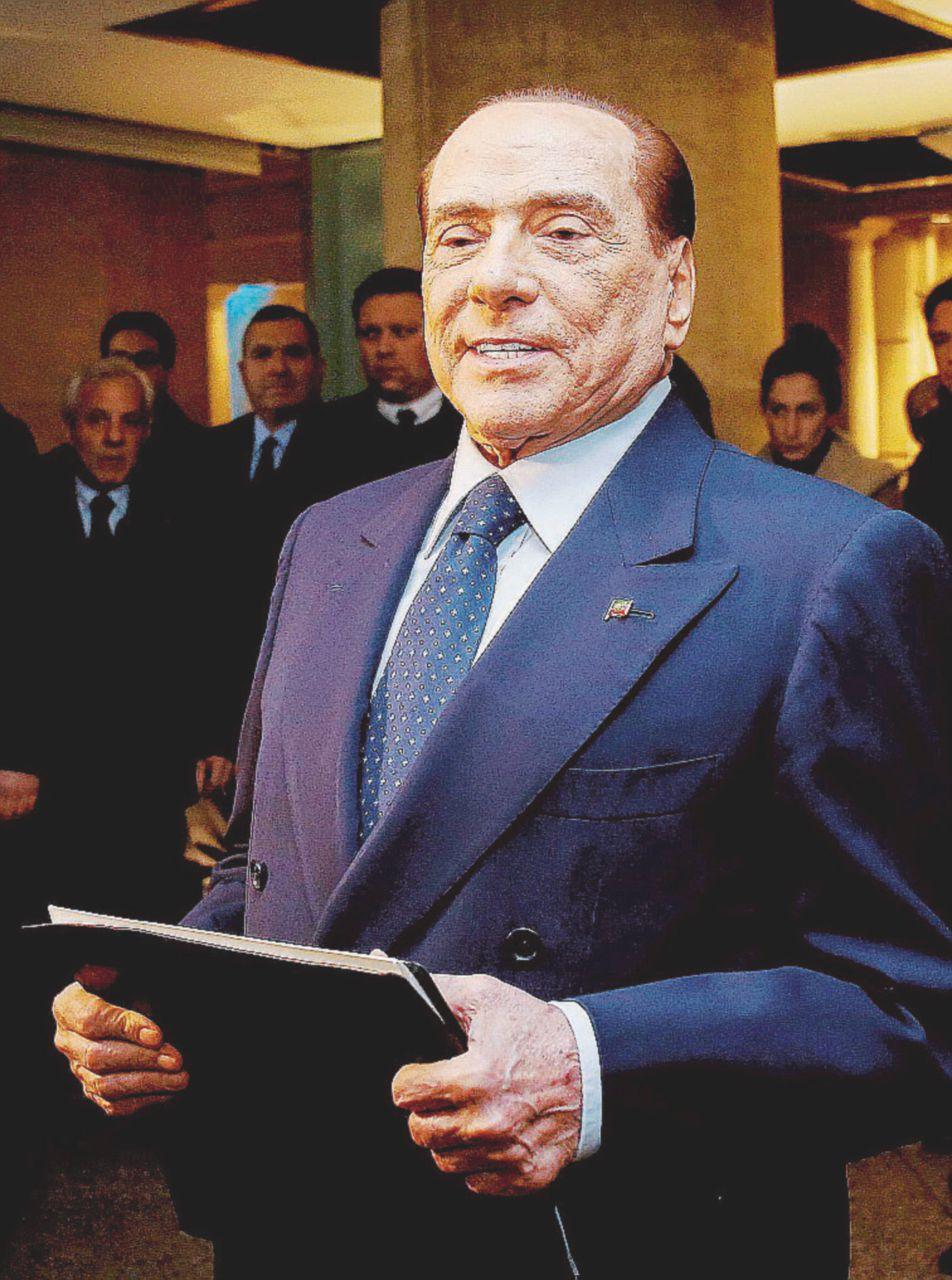 """Photo of Il """"film"""" dei perdenti: le trame nazarene di B. e Matteo (Renzi)"""