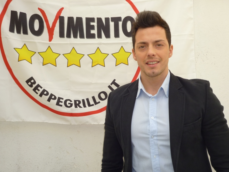 Photo of Le Regionarie M5S premiano Andrea Greco ma non mancano le polemiche