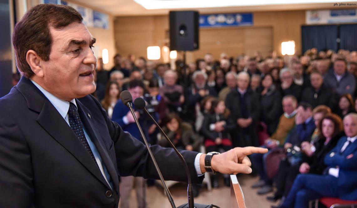 Photo of Patriciello smentisce l'Opa su Boccardo per l'unità del centrodestra: nessuna fuga in avanti
