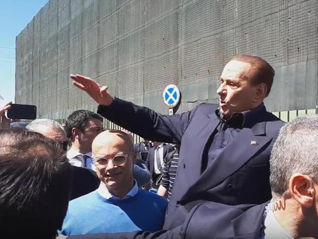 Photo of Berlusconi attacca gli alleati: «Con la Lega al governo, fuga di imprese e capitali»