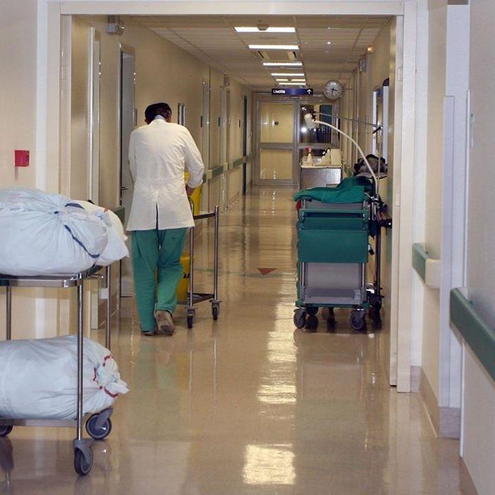 Photo of Caso di meningite in Molise: donna d'urgenza in ospedale