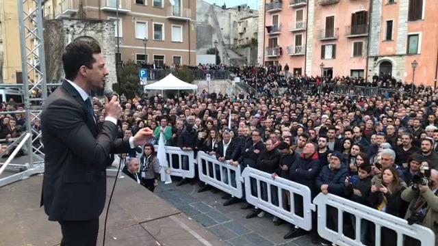 Photo of Qui Isernia! Anche stasera in piazza con Luigi Di Maio, collegatevi!